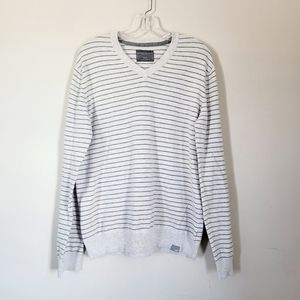 Aeropostale Sweater v-neck stripe